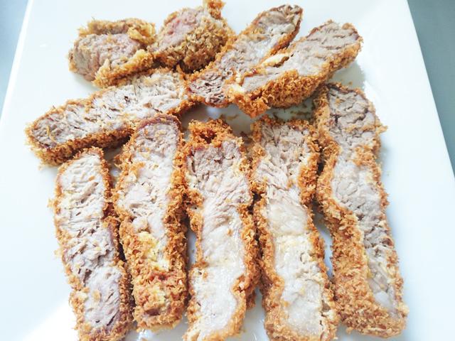 低糖質まるでパン粉でとんかつ