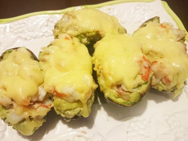アボカドベーコンのチーズグラタン